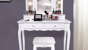 table coiffeuse